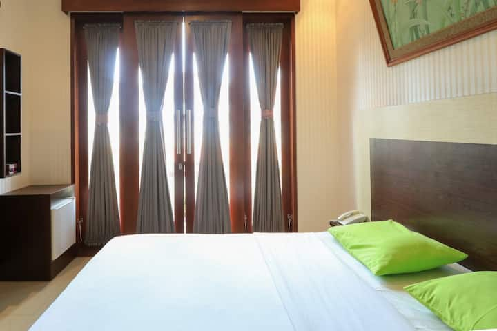 Homey Deluxe Double at D'Astri Guest House