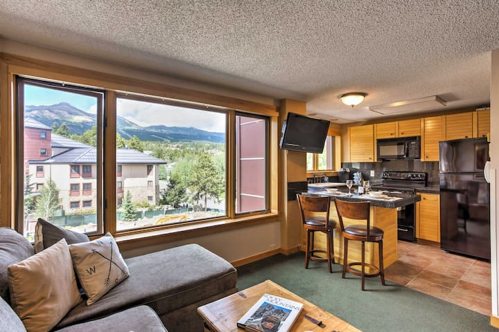 Breck Ski-In/Ski-Out Studio - Pool/Hot Tub Access!