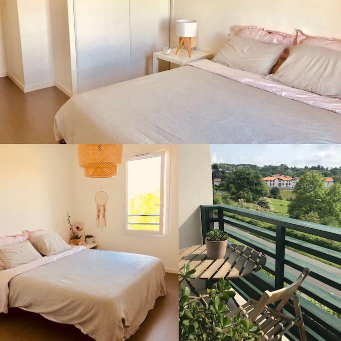 Chambre et balcon