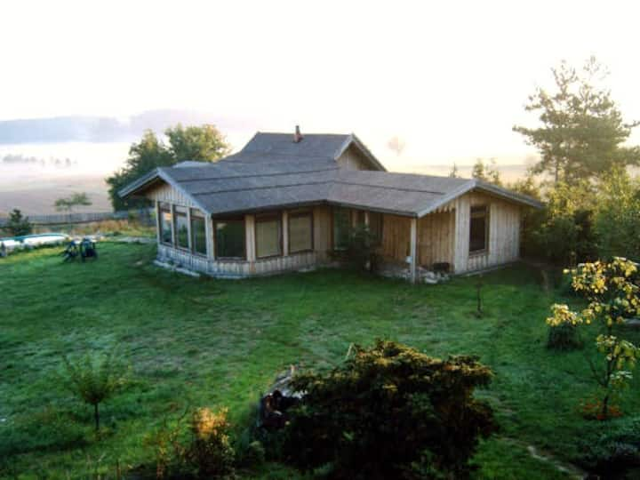 Bambuseria Kampinos-dom letniskowy