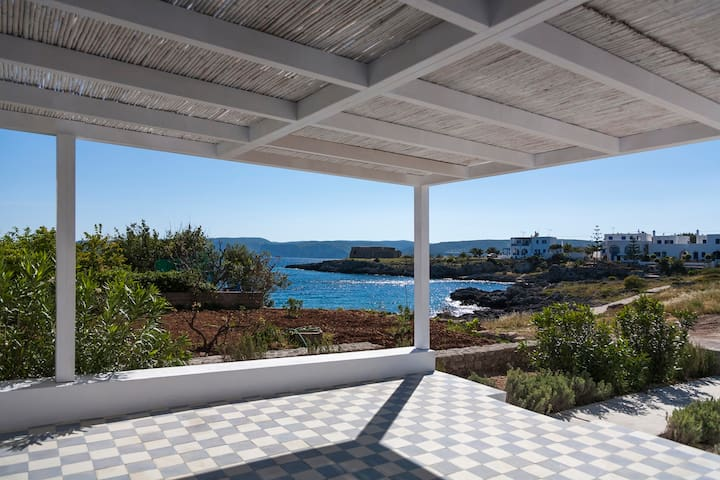 Avlemonas Beach front House - Kythira