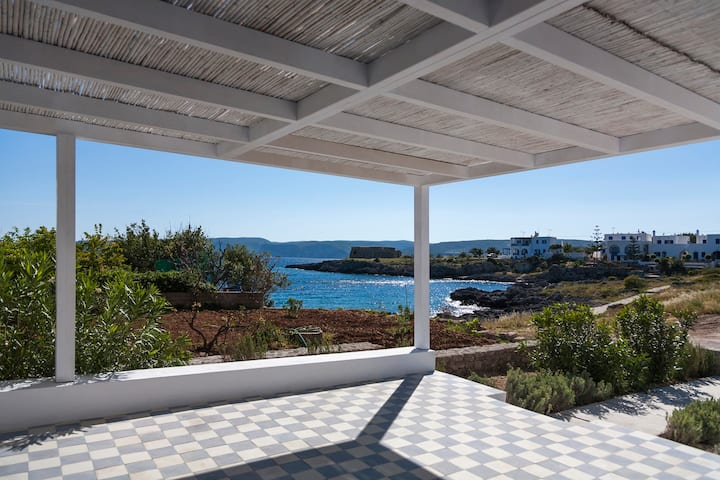 Avlemonas Beach front House at Kythira-Properties