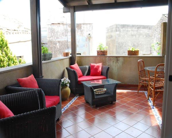 Up to 6 sleeps delicious apartment - Erice - Apartamento