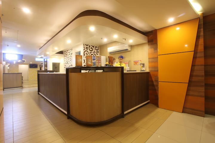 New Luxury Home - Manila - Bed & Breakfast