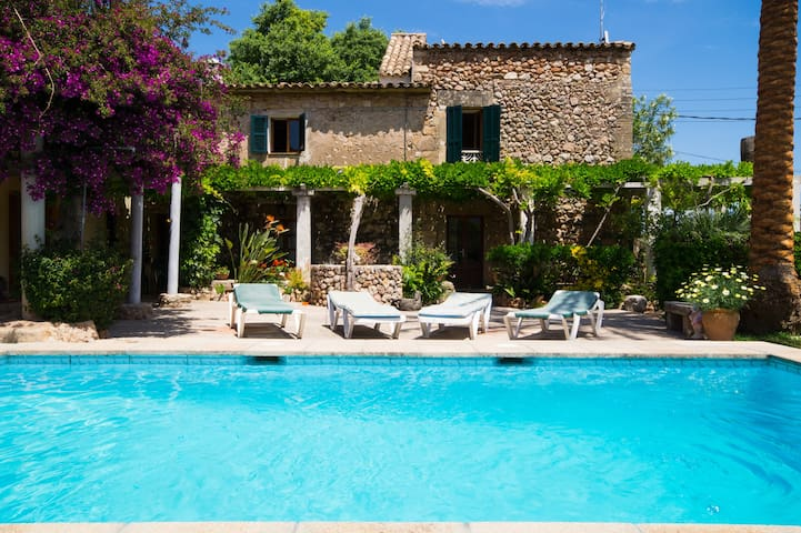 EASTER OFFER! Beautiful villa with pool, Pollença - Pollensa