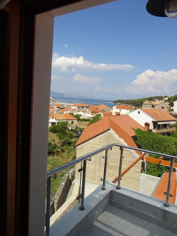 Apartment Gliha, family-friendly, WiFi free - Jelsa - Apartment