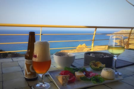 Luxury Stone Cliff Cottage with full ocean views - Xagħra