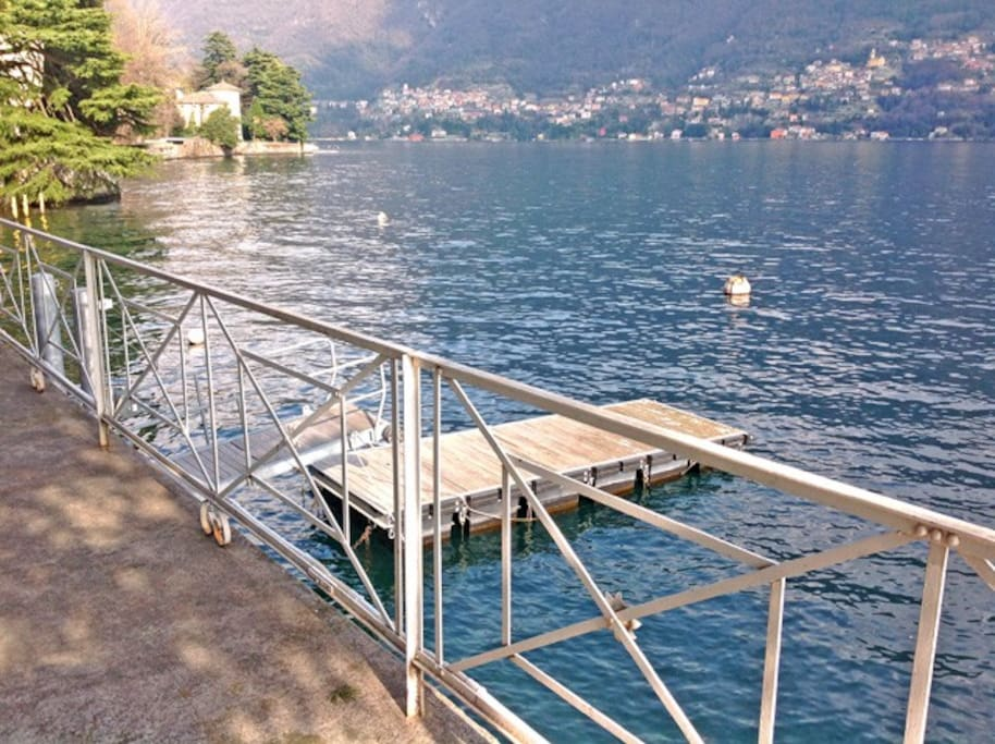LAglio, vilal with private dock for boat