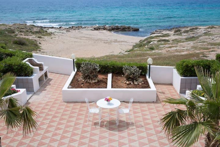 Trilocale spiaggia - Marina di Mancaversa - House