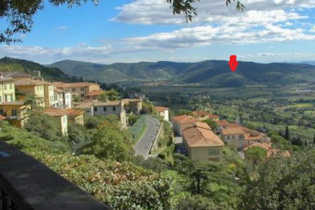 Position of the house seen from Cortona