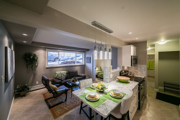 Charming Condo, Fully Furnished, Best Location
