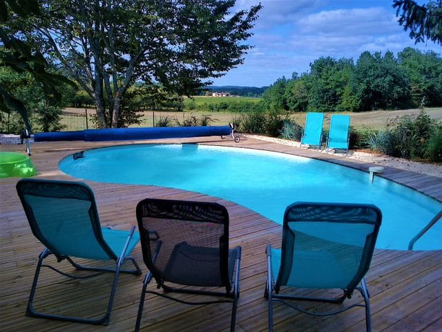 Gîte belle prestation de 12 pers avec piscine