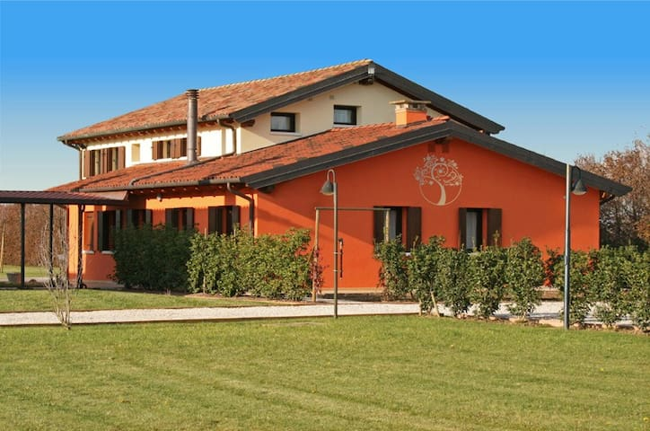 B&B La Perla del Sile - TRIPLE ROOM - Silea - Bed & Breakfast