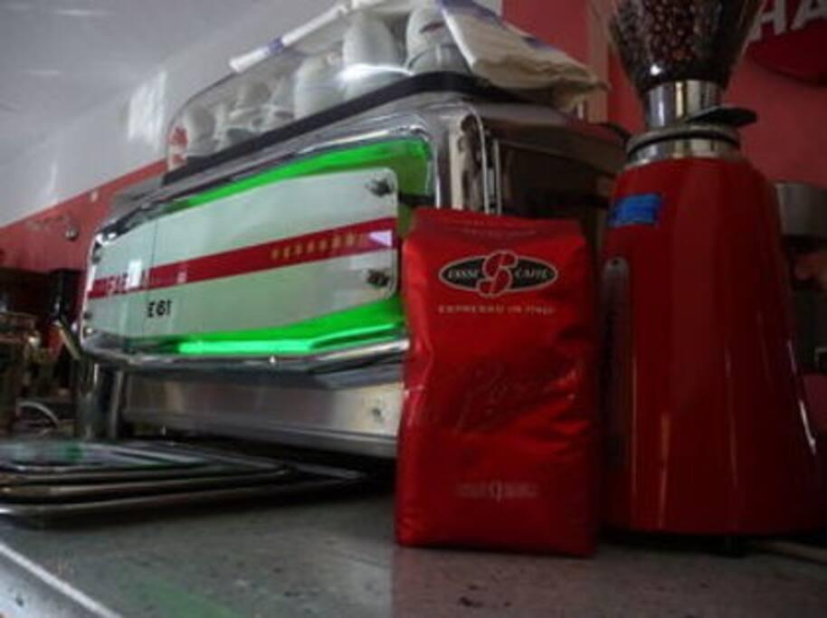 Caffè con Faema E61