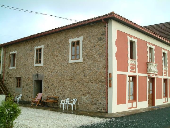 habitacion en antigua escuela rural