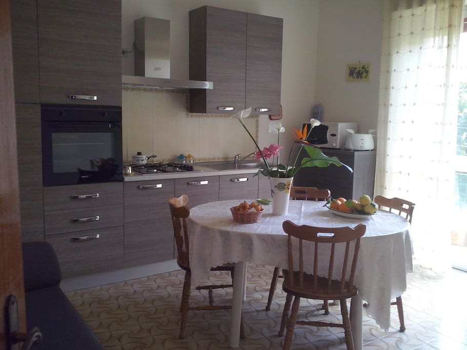 Cucina-Kitchen