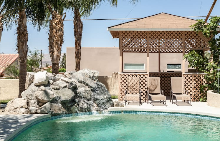 Villa #3 Miracle Springs Resort Spa - Desert Hot Springs - Villa
