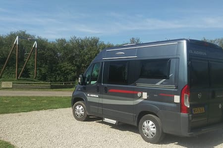 Marlon the Motorhome by Kernow Kampers - Grampound Road - Autocaravana