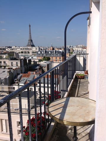 4 ROOMS WITH VIEW OF THE EIFFEL TOUR