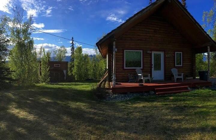Classic Alaskan Cabin