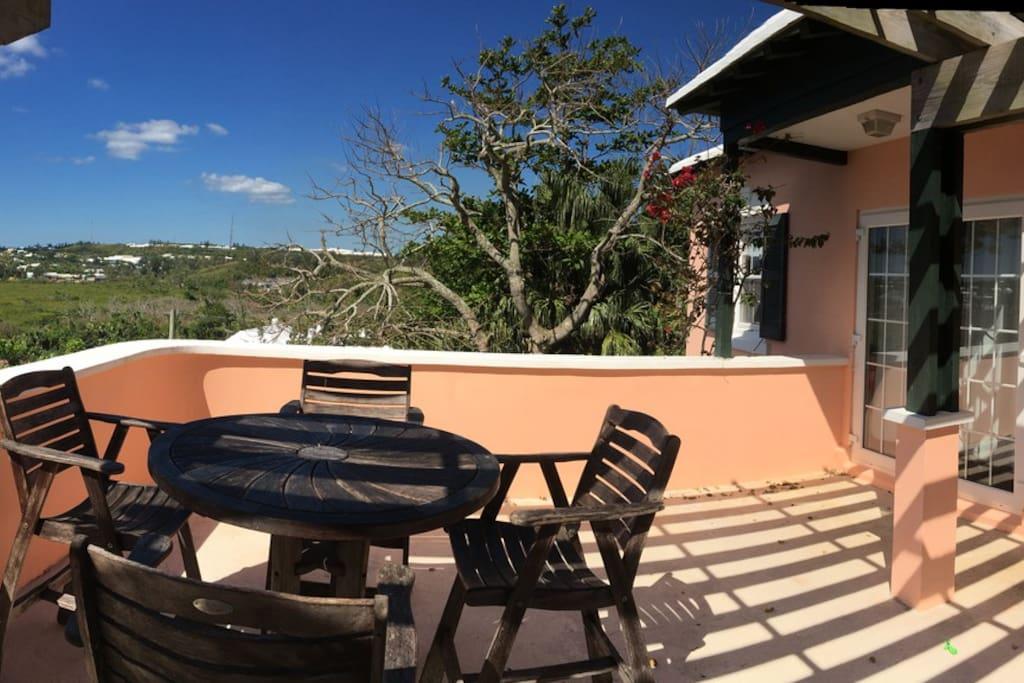The sun deck (panorama)