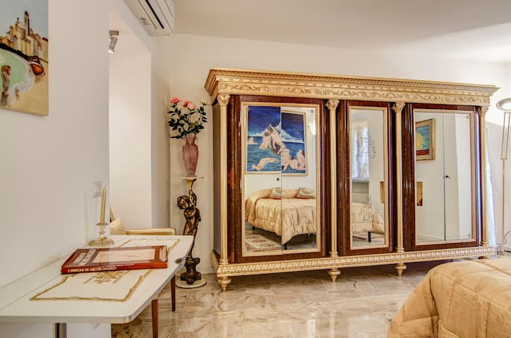 Luxury Home for VIP- central Milan