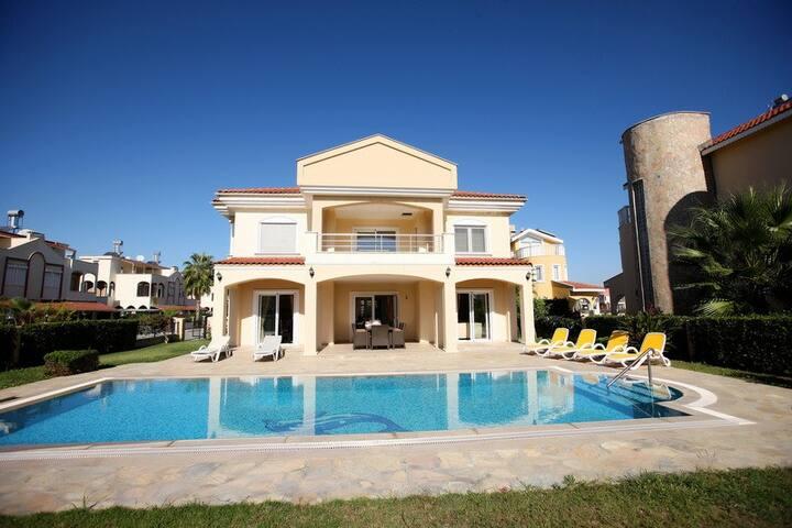 Private pool Villa Palm Lane