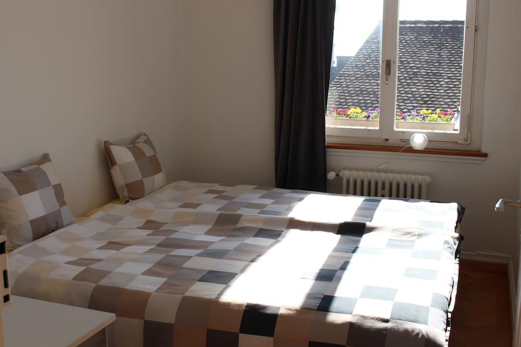 cosy sleeping room, new mattress, new bed, very comfortable