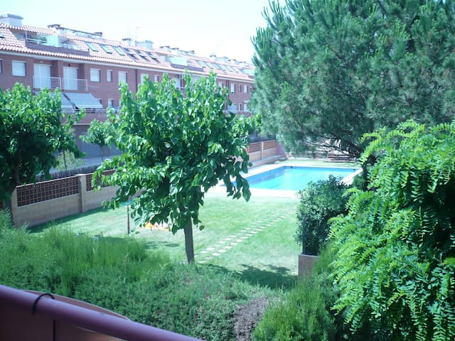 COSTA BRAVA DUPLEX W/SWIMMING POOL - Palafolls - Pis