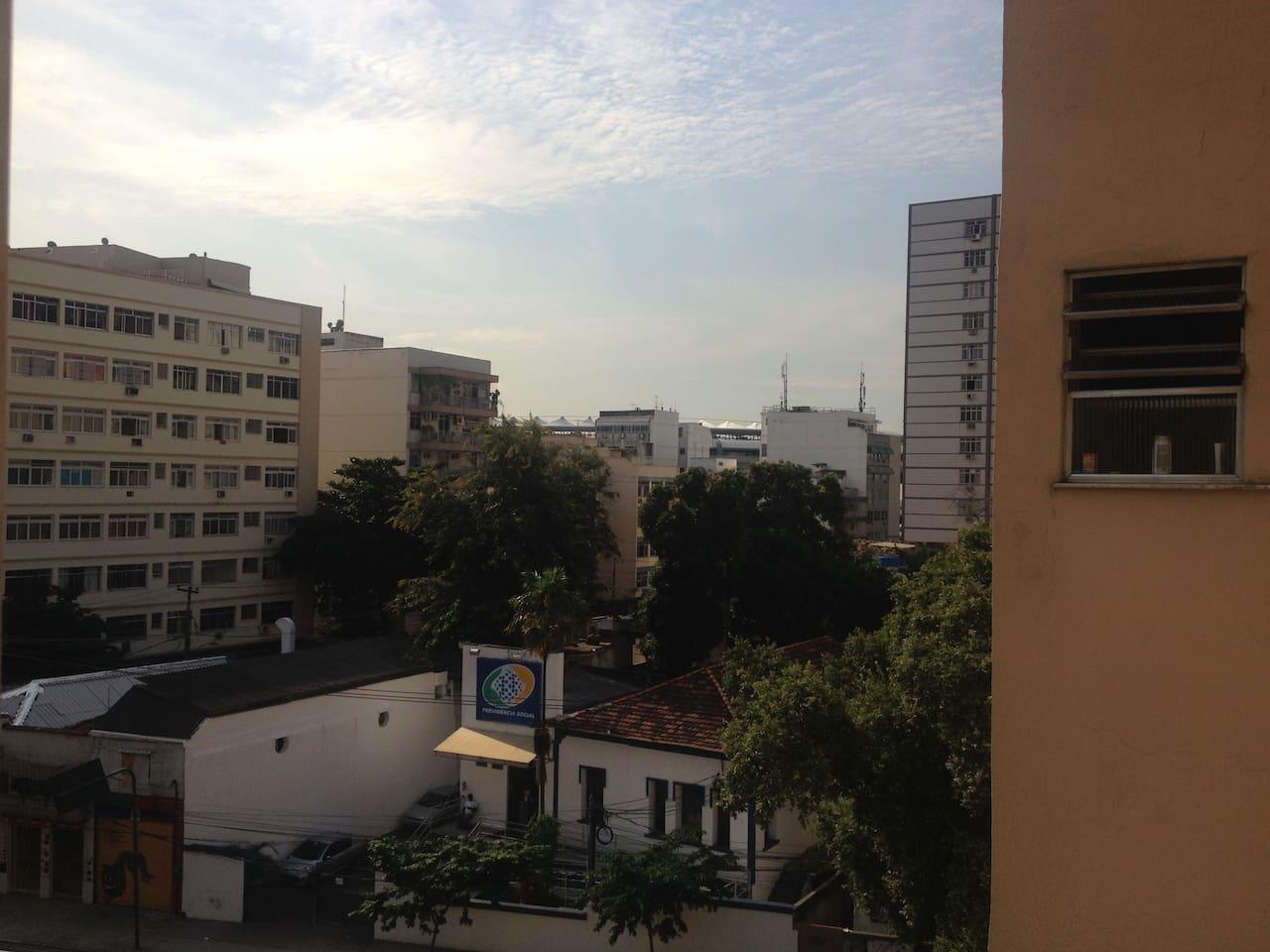 Master room street view - to Maracanã Stadium