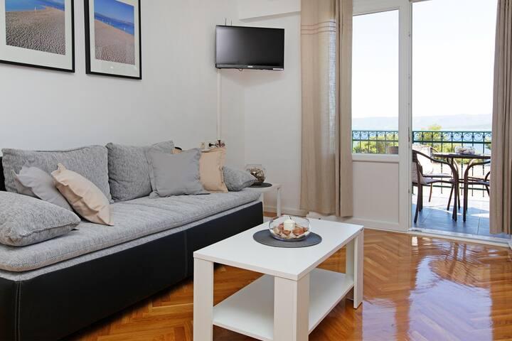 Modern family apartment close to beach - Angela 15 - Bol - Departamento