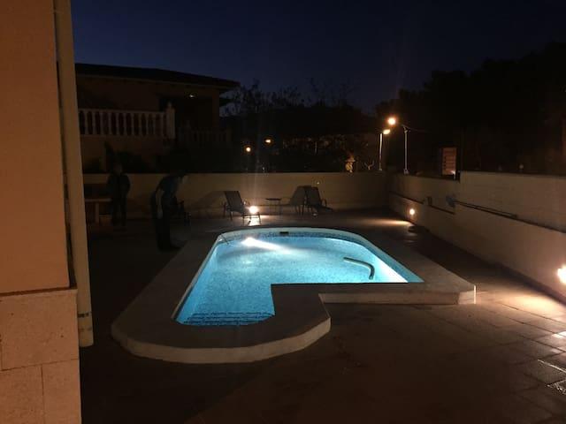 Acogedora casa con piscina privada - Polop - Huis