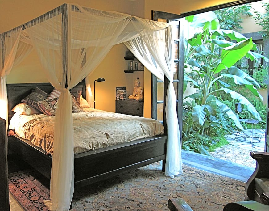 Casita and private patio (Queen size bed)