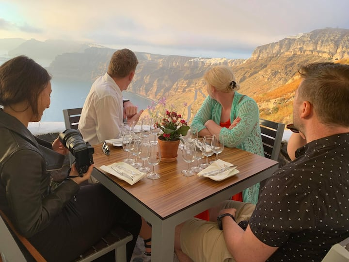 Venetsanos Winery with cliff view.