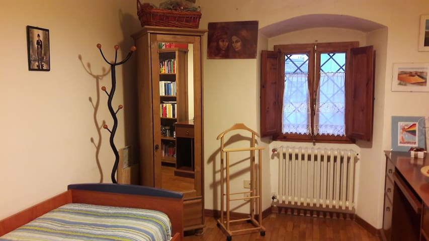 Comfy single bedroom, free park, near Florence - Lastra a Signa - Byt
