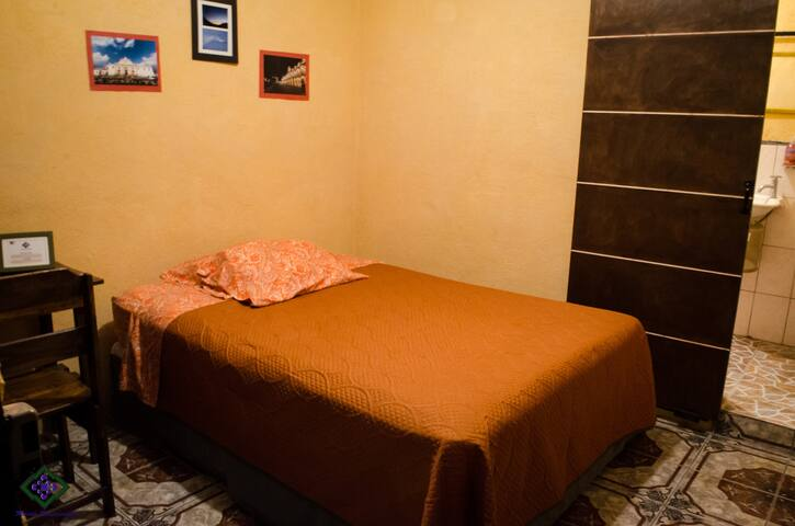 room with variety of amenities