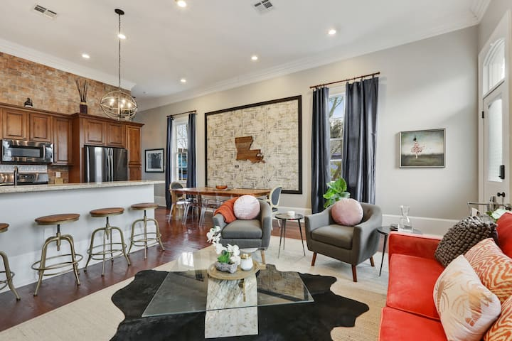 Authentic Upscale Home, near French Quarter