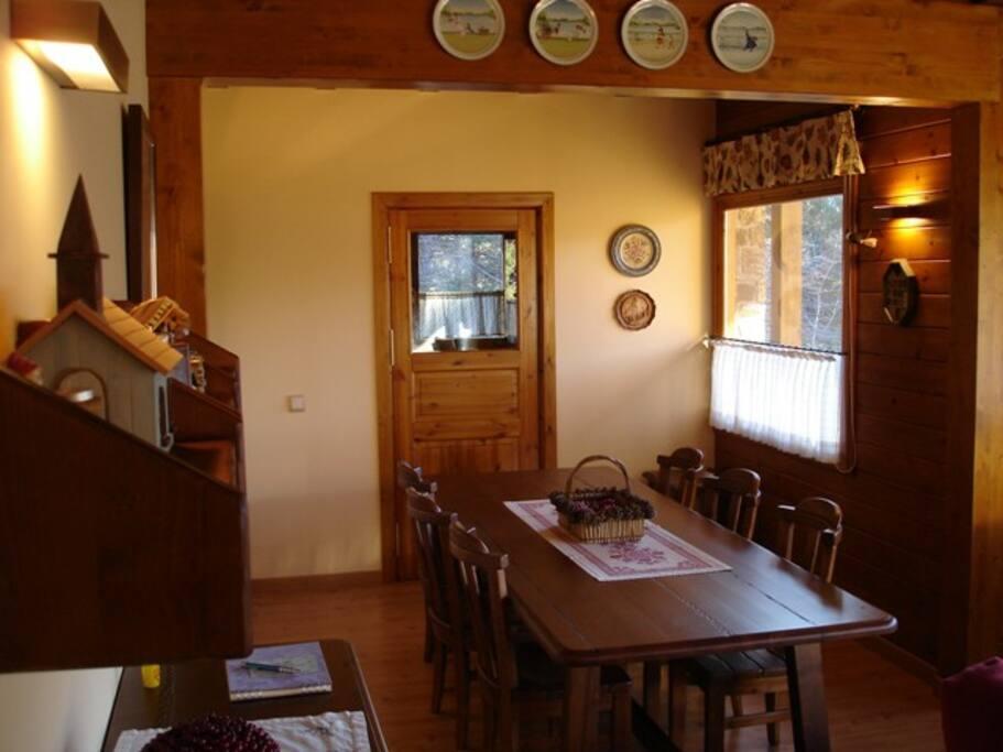 Dinning room and kitchen door