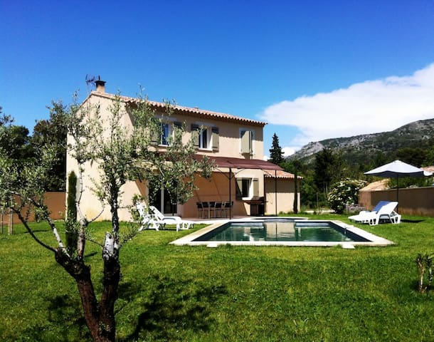 At the heart of Provence, discover  - Cavaillon - Hus