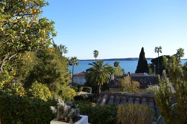 Maison de charme, au calme, vue mer - Cannes - Huis