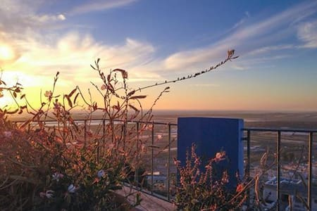 Artistic Villa with Exotic Sea View - Zikhron Ya'akov