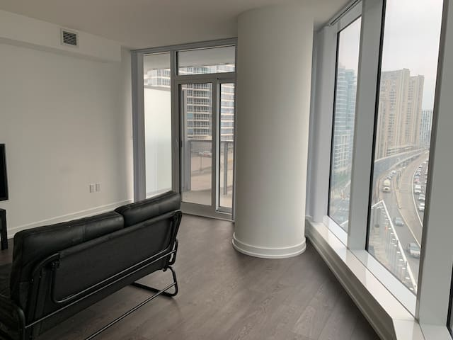 Great condo near Harbourfront and Union Station