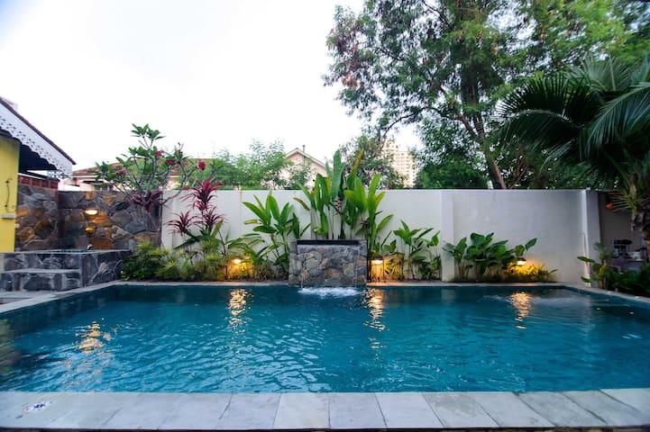 Casugria Melaka Dutch Villa - Twin Studio 7 pax