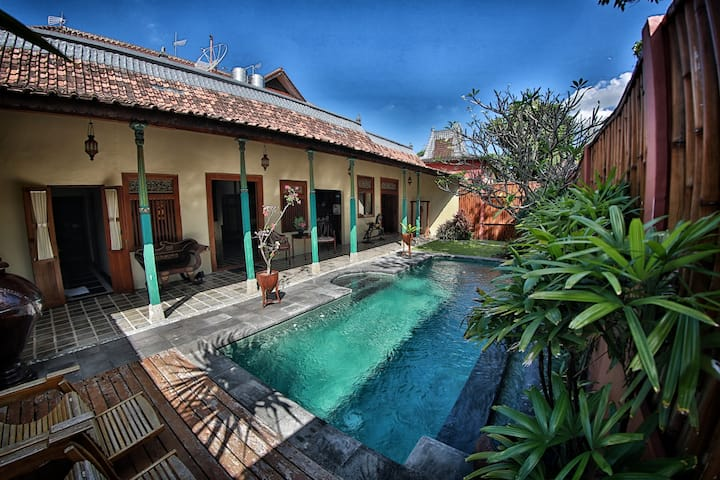 1 Bedroom Tropical Villa with Pool in Kerobokan