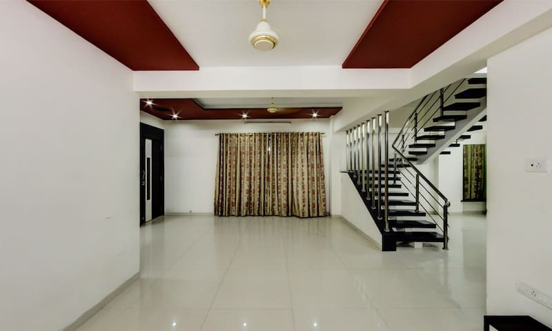 5 BHK Apartment in Bhayander West - Mira Bhayandar - Apartment