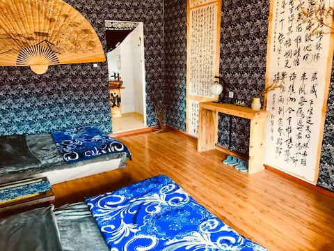 Shangri-La Old Town - Mokien Guest House - One Bedroom, Two Beds, Tea Room - Garden - Private car available for rent! Wood can take you around in person!