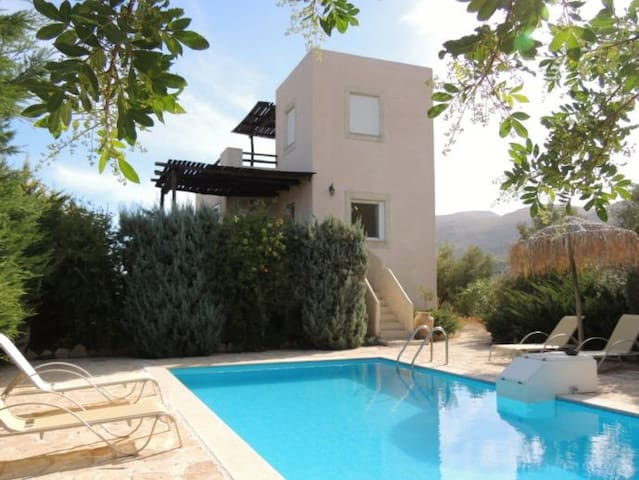 Villa Ileana - Listaros, Heraklion, Crete