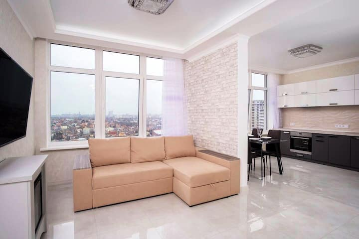 Apartment near sea/city center
