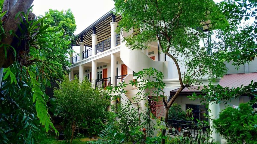 """""""House of Java"""" #114 Verge of Limketkai Complex"""