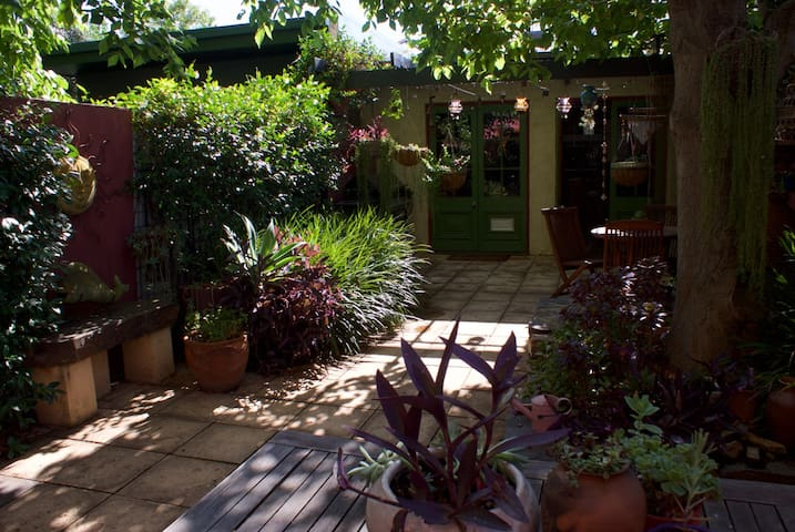 pretty outdoor courtyard with bbq